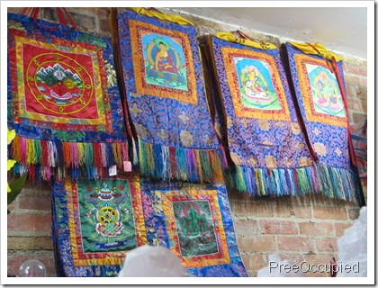 PreeOccupied: Nepal Handicrafts